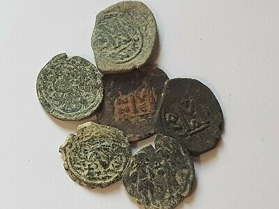 Imazing Lot Of 6 Ancient Byzantine Bronze Coins Very Interest.