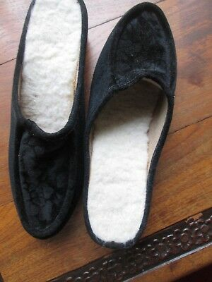 3751b5a1e89d6 VINTAGE FULL FUR Collar Mule Slippers Size 6 British Made New In Box ...