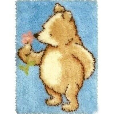 DIY Cute Classic Winnie the pooh bear Make your own Rug Latch Hook Craft Kit BN