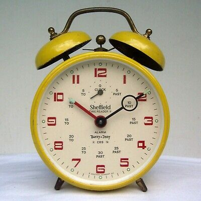Vintage Sheffield Buffy and Jody CBS Twin Bell Novelty Time Reader Alarm Clock