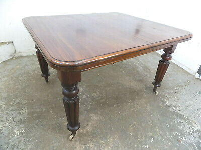 antique,victorian,mahogany,small,dining table,castors,fluted legs,turned legs