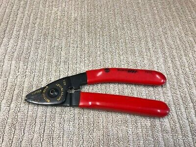MAC TOOLS WIRE CUTTER MODEL: 701E MADE IN USA GOOD CONDITION Ships Free!!