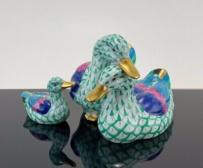 Herend FAMILY OF DUCKS Green Fishnet BEAUTIFUL SET IN EXCELLENT CONDITION!!!