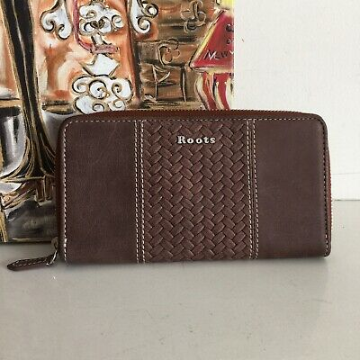 Roots Canada Brown Leather Wallet Zip Around Card Coin Holder Embossed Woven