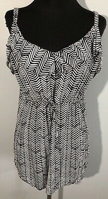 Torrid Size 2 Chevron Ruffle Babydoll Top Black White Shirt Blouse 2x 18 20 Tank