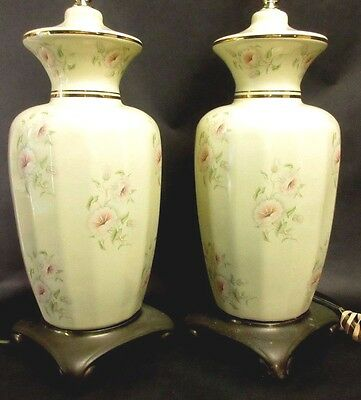 NICE Pair of Cresswell Lighting Ceramic & Brass Asian Chinoiserie Footed Lamps