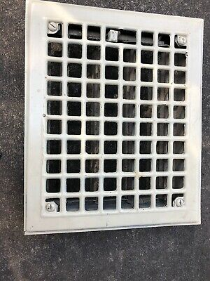 JY 3 Antique Sheet Metal Heating Grate With Fins