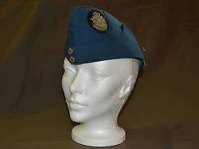 Used Royal Canadian air force cadet wedge size 7-1/4 with badge (refw3Box146)