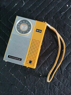 Vintage Panasonic RF-511 Am/Fm Travel Radio Yellow