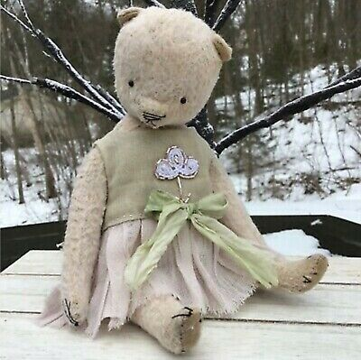 "Irina Drozdenko Russian Teddy Bear Artist One-Of-A-Kind ~ ""Gentle"""