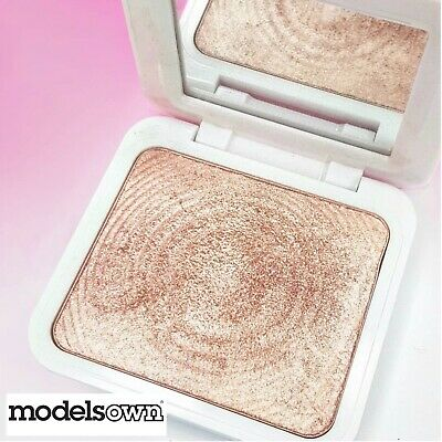 Models Own SCULPT & GLOW Highlighter Powder GOLDEN SAND 5.5g - Free Shipping