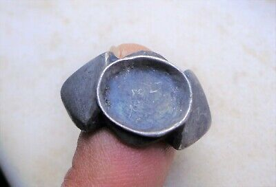 Medieval silver ring with empty oval Bezel.9th-11th AD