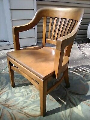Antique Vintage Courthouse Banker Lawyers Wood Arm Chair W.H Gunlocke