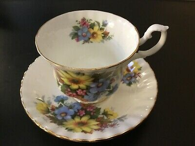 Royal Albert Teacup & Saucer Summertime Series Bone China~yellow~blue~flowers