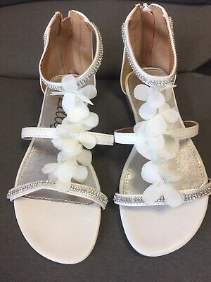 Beautiful Girls White Sandals Worn Once Size 1