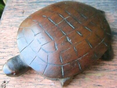 """Antique Folk Art Carved Turtle 3x4""""   unsigned with broken front legs"""