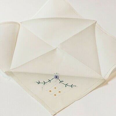 One x Vintage White Linen Hand Embroidered Table Napkin 27x27cm, Excellent