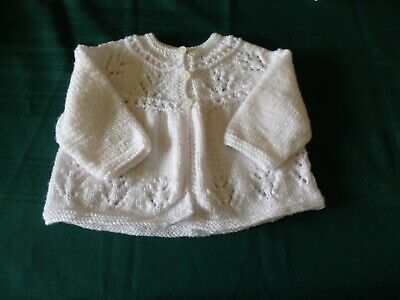 NEW - Hand knitted matinee jacket - white - 000