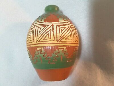 Navajo Pottery.native American Pottery