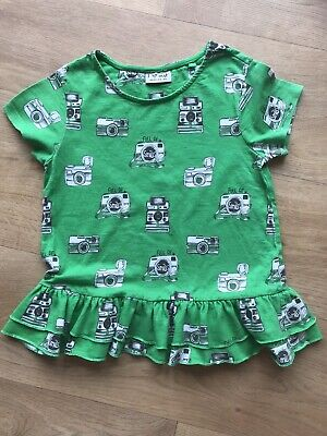 Girls Green Tshirt With Camera Design. Age 8 Years. Next Brand Great Condition