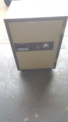 CHUBB COMBINATION SAFE - £530 00 | PicClick UK
