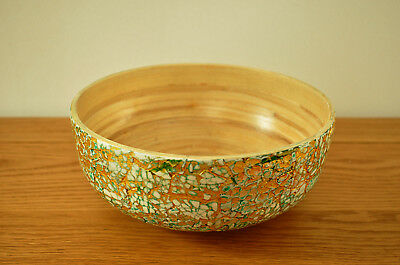 Handmade Decorative Bamboo Bowl Lacquered, Inlaid With Eggshell Green-Gold H004S