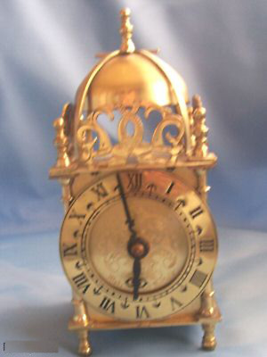 Brass Lantern Mantel Clock Smiths (Hb235)