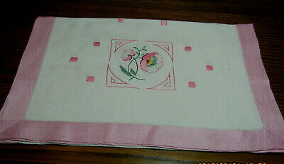 Most Lovely Vintage Pink White Embroidered Hemstitched Linen Runner 17.5x46 J15