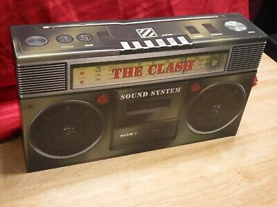 The Clash Sound System 2013 Box Set 11 CDs DVD Armagideon Times Stickers Badges