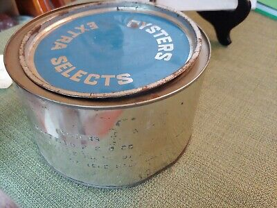 Vintage Woodfield's Oyster Tin Can With Lid Galesville, MD. 1/2 Gallon
