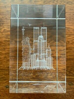3D Laser Etched Glass New York City Paperweight WTC Twin Towers Statue Liberty