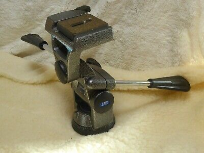 Gitzo G1572 3 Way Pan Tilt Tripod Head with Quick Release very good condition
