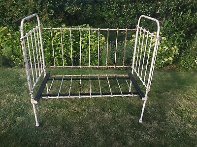 Beautiful English Antique Iron Folding Daybed Edwardian/Victorian