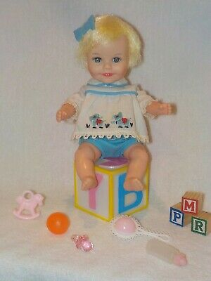 """Vintage Deluxe Reading 8"""" Suzy Cute Baby Doll W/ Original Clothes & Toys"""