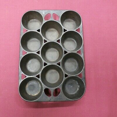 Antique Griswold Cast Iron No 10 Cupcake Muffin Popover Pan USA 949 Open Frame