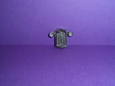 Dinky 25 Series Grille  for the 25series Lorry Range casting / spare parts