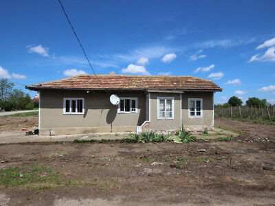 Bulgarian VILLAGE House 26 miles from the sea and Balchik