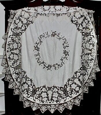 Antique ITALIAN FIGURAL LACE Round Linen Tablecloth With Figural Filet Lace Trim