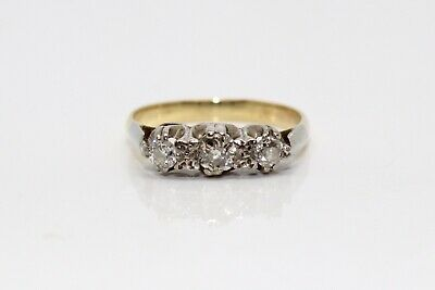 A Lovely Antique Art Deco 18ct Gold & Platinum 0.25ct Diamond Three Stone Ring
