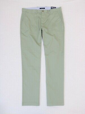 Tommy Hilfiger Men Classic fit Chino pants size 34x32 ,36x32 new with tag
