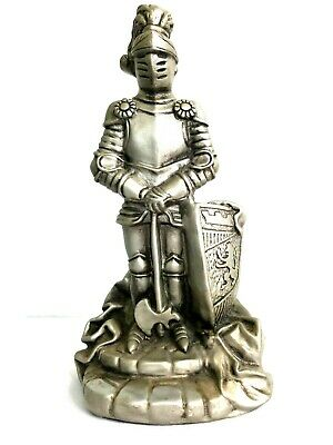 Vintage 1968 Universal Statuary Medieval Knight Statue Coat Of Arms Chalkware