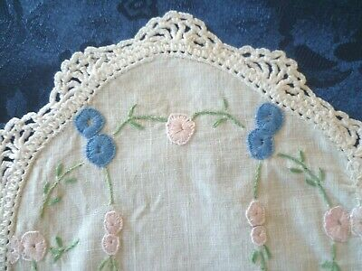 VINTAGE HAND EMBROIDERED SMALL DOILEY  WHITE HAND CROCHETED EDGE 23 cms x 15 cms