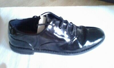 Clarks girls black patent leather brogue school shoes size 1 E