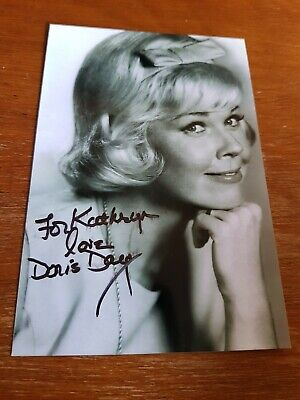 Rare Doris Day Autographed Classic Photo... Pillow Talk/ Calamity Jane..