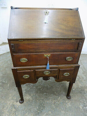 antique,small,victorian,mahogany,bureau,desk,drawers,round legs,13 drawers,pad