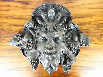 Vintage Plaster French Art Nouveau Devil Style Corbel Decorative Wall Garden Art