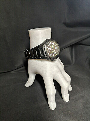 Watch stand -  life-size Hand 1:1