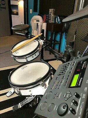 Roland V-Drum. Kleines, kompaktes Set inkl. Soundmodul + Kabel und Drum-Rack