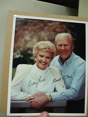"1976 Hand Signed Photo 8x10"" of President Gerald Ford and First lady Betty Ford"