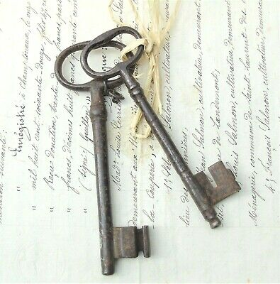 ANTIQUE FRENCH KEYS CHATEAUX MANOR HOUSE DUNGEON CASTLE DOOR WROUGHT IRON C19th